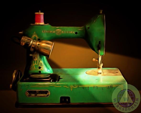 """Nostalgic Vintage Sewing Machine 20150225"""